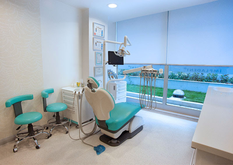 İmpladent Ağız ve Diş Sağlığı Polikliniği Tedavi Odası